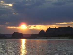 SUMMER SUNSET ON LAKE POWELL